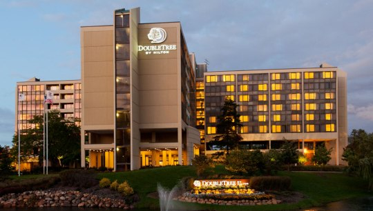DoubleTree Hotel Oak Brook
