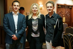Ipatov and Troff with Susan Polgar